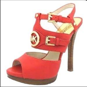 Michael Kors McKenzie heels 7 like new platform